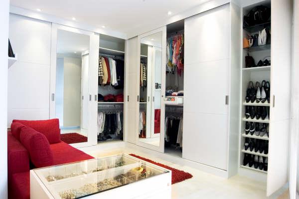 M veis planejados em itanhaem ambientes planejados for Modelos de closets para dormitorios